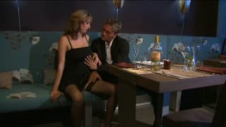 Секретарша ебется на деловом ужине