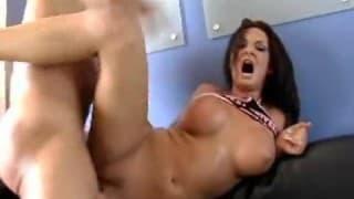 Хардкор секс, чтобы удовлетворить Тори Лейн