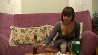 Бесстыдная французская девушка