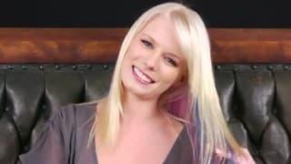Элейна Рей: молодая и милая девушка в возбуждающем видео