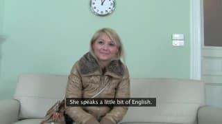 Порно кастинг с аппетитной блондинкой