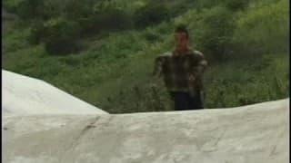 Александра Куинн трахается с карликом