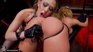 Кэгни Картер и Эми Брук в лесбо порно