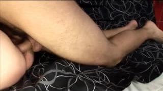 Зрелая лилипутка любит молодой хуй