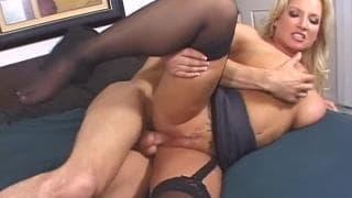 Рэйчел Лав, в сцене секса и предательства