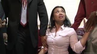 Откройте для себя Лаки Стар в её первом порно