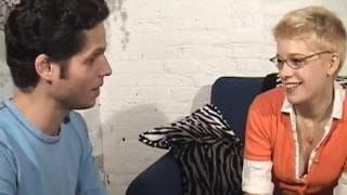 Jezebel согласилась на секс с незнакомцем!