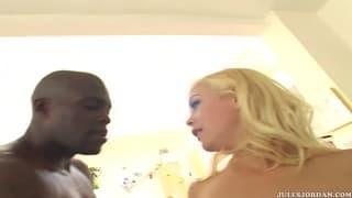 Лала Жаде и её подруга любят глубокую содомию