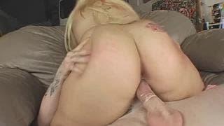 Толстушка Тифани Стар нуждается в сексе