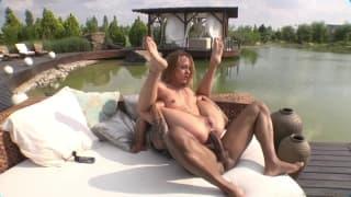 Групповая секс сессия на открытом воздухе