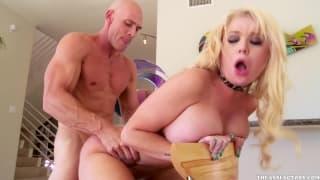Алексис Форд любит эти порно сцены!