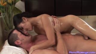 Джеки Лин лучшая сексуальная массажистка