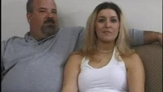 Муж наблюдает как жену ебет другой