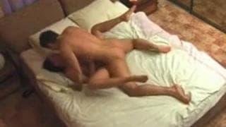 Любительcкая пара, играя в постели