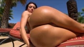 Франческа Джеймс очень сексуальная колумбийка