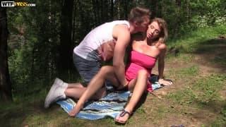 Рита и Мур наслаждаются прекрасной природой