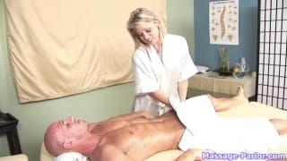 Шона- сексуальная массажистка