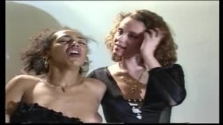 Горячий ретро межрасовый секс втроем