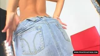 Лара Шарм наслаждается своим порно кастингом!