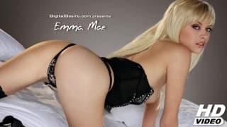 Эмма Мэй такая милая, когда мастурбирует