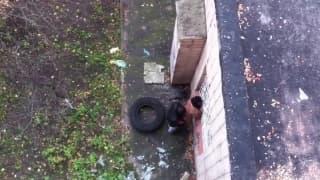 Парочку поймали прямо в переулке!