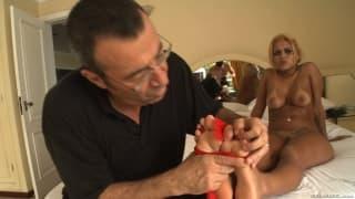 Алексис Техас и Эми Брук любят дрочить ногами