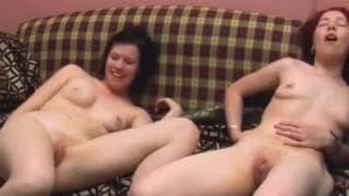 Эти лесбиянки покажут нам личное видео