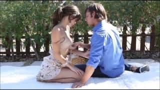 Пикник приводит к горячему сексу в постели