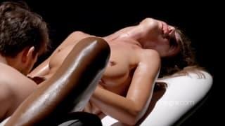 Шарлотта получает отличный сексуальный массаж